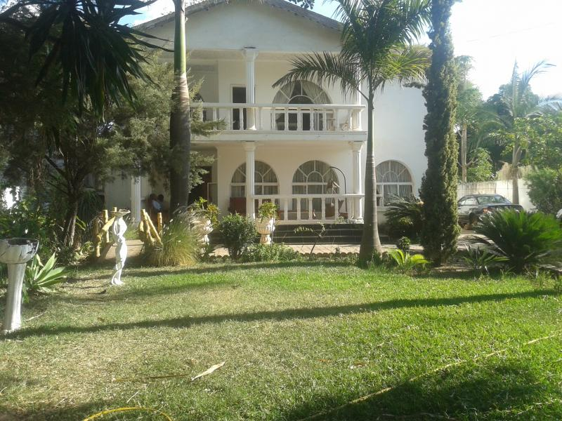 6 Bedrooms House for Rent in Rhodes Park, Lusaka